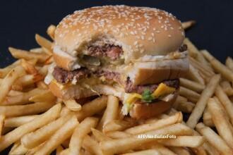 Decizia McDonald's care a provocat isterie in SUA. Mii de oameni se plang pe bloguri
