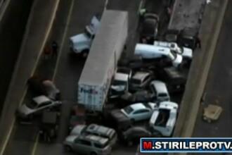 Accident urias in SUA: 30 de masini au intrat intr-un tir. VIDEO