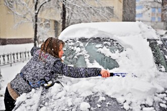 Motorina ingheata la -15 grade. Reguli esentiale pentru soferi, pe timpul iernii. VIDEO