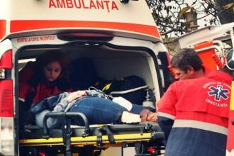 Accident cumplit in Cluj: 6 persoane grav ranite.Martorii au trecut prin foc ca sa salveze o victima