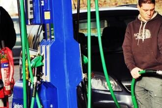 Motorina se va scumpi de la 1 ianuarie 2013 cu 9 bani pe litru
