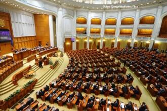 Pentru absentele din februarie, parlamentarii