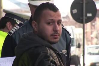 Taximetristul din Craiova acuzat ca a lovit cu masina un politist local: