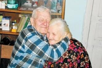 Doi soti s-au reintalnit dupa 60 de ani in care nu au stiut nimic unul despre celalalt
