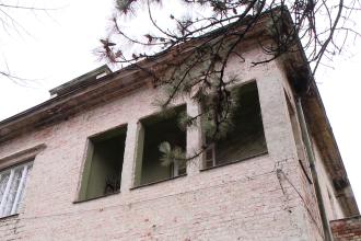 Sechestru pe casa unui rrom din Timisoara, zis Diamant, cercetat intr-un dosar de trafic de persoane