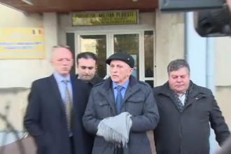 Presedintele CJ Prahova, Mircea Cosma, a ajuns la spital dupa ce a fost retinut de procurorii DNA