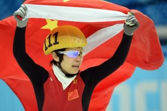 Jocurile Olimpice de la Soci. O chinezoaica a luat aurul la patinaj viteza dupa ce toate adversarele ei au cazut