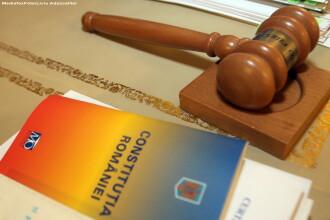 Judecatorii CC au incheiat dezbaterile asupra proiectului de revizuire a Constitutiei si au descoperit 26 de nereguli