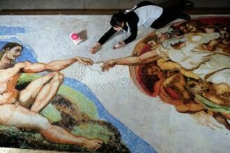 Un artist a creat o copie a unui tablou de pictorul italian Michelangelo folosind 10.000 de bezele. VIDEO