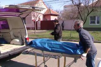 Moartea misterioasa a unei femei, gravida in 8 luni. Femeia a fost gasita fara suflare in casa chiar de sot