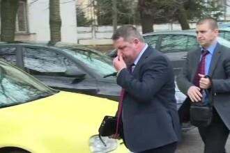 Seful Directiei de Finante Ploiesti, retinut pentru luare de mita, ajunge in fata judecatorilor cu propunere de arestare