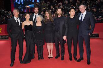 Christian Bale si Natalie Portman au adus la Berlin noul lor film. Ce poveste spune