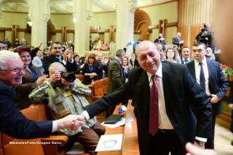 Traian Basescu nu renunta inca la sustinerea Elenei Udrea: