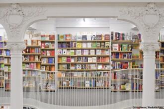 """Cele mai vândute cărți în timpul pandemiei. """"Înainte, se vindeau unul sau două exemplare pe lună"""""""