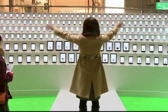 Surpriza de care au avut parte vizitatorii unui mall din Tokio. Sute de telefoane