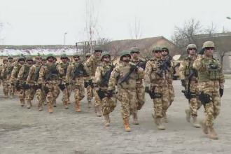 Ceremonie emotionanta la Targu Mures. 70 de militari si-au luat ramas bun de la familii si au plecat in Afganistan