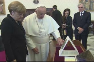 Papa Francisc a avut o intrevedere cu Angela Merkel. Care a fost subiectul principal al discutiilor