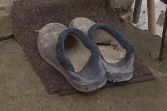O femeie venita din Republica Moldova pentru a se casatori cu un roman a murit in conditii neclare. Vecinii au vazut-o arzand