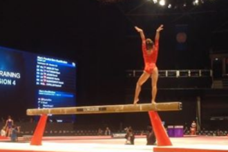Miscarea incredibila a unei gimnaste, recunoscuta oficial de catre Federatia Internationala de Gimnastica. VIDEO