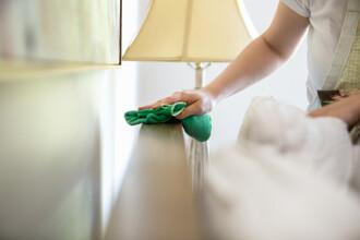 O italianca risca pana la 6 ani de inchisoare pentru ca nu a facut curatenie suficienta in casa. Ce mai reclama sotul ei