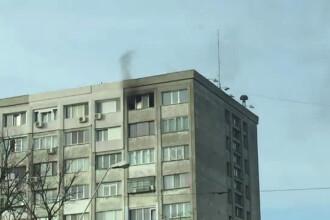 Doi pensionari din Galati isi terorizeaza vecinii facand focul in apartament. Pompierii i-au vizitat de 2 ori luni dimineata