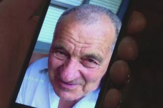 Un batran din Gaesti, bolnav de Alzheimer, a disparut dupa ce a fost lasat singur in masina cateva minute