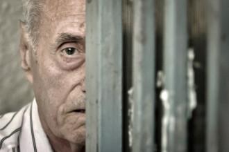 Reactia urmasilor detinutilor politici dupa aflarea sentinei lui Visinescu: Poate va medita in celula si va cere iertare