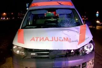 Un batran din Constanta a murit, dupa ce a fost lovit de o ambulanta. Soferului i s-a facut rau cand a vazut victima
