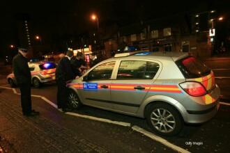 Momentul in care un britanic accelereaza si intra cu masina intr-un grup de tineri. Cum si-a motivat fapta barbatul