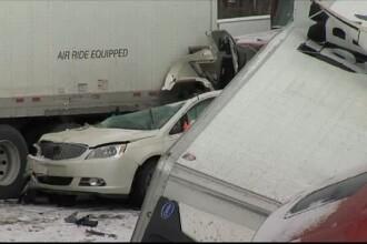 Accident cu 50 de masini pe o autostrada din Pennsylvania. Cel putin 3 oameni au murit, iar drumul a fost inchis cateva ore