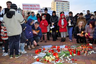 Tragedia bebelusilor bolnavi a scos parintii in strada la Pitesti. Medicii s-au plans ministrului ca NU au medicamente