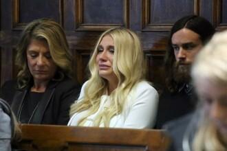 Kesha nu scapa de contractul cu producatorul pe care l-a acuzat de viol. Vedeta a izbucnit in plans cand a aflat decizia