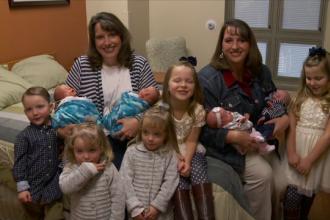 Cinci perechi de gemeni nascuti intr-o familie din SUA.