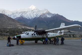 Un avion cu 23 de persoane la bord s-a prabusit in Nepal. Autoritatile au gasit ramasitele aeronavei