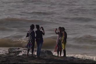 Autoritatile din India iau masuri dupa valul de decese. In 16 locuri din Mumbai selfie-urile vor fi interzise