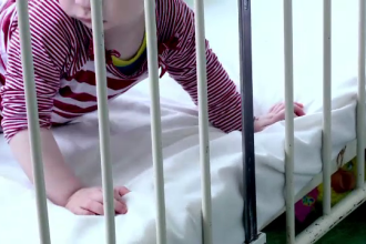 Ministrul Sanatatii a anuntat cauzele imbolnavirii bebelusilor din Arges. Alti cinci copii au ajuns la Marie Curie