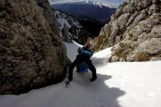 Romanii care platesc mii de euro pentru vacante pline de adrenalina. Cat investesc in urcari pe Kilimanjaro sau Mont Blanc