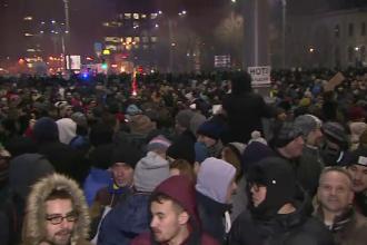 Peste 15.000 de oameni la protestul de marti seara, din fata Guvernului. Tudor Chirila: