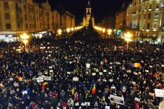 Ziua a treia de proteste in tara: 20.000 la Timisoara, 12.000 la Sibiu, 15.000 la Iasi, 30.000 la Cluj. GALERIE FOTO si VIDEO
