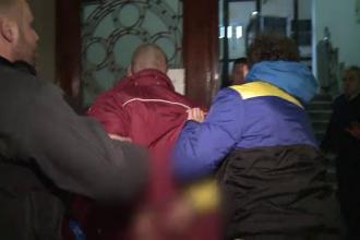 Dupa protestul de miercuri seara, opt persoane au fost inculpate. Patru dintre suspecti, arestati pentru 30 de zile