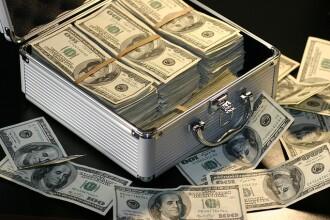 Cine este primul om a carui avere va depasi un trilion de dolari