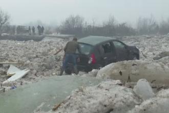 Incalzirea vremii a provocat inundatii in mai multe judete din Nord. Pompierii au detonat sloiurile de gheata de pe rauri
