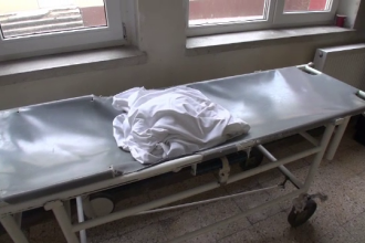 Caz halucinant la Spitalul din Ploiesti, unde cadavrul unui barbat a fost furat de rude.