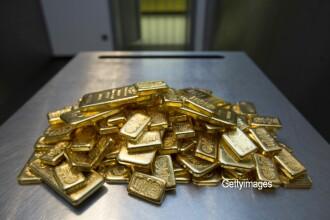 Un bărbat din Deva a dat 40.000 de lei pe un lingou din aur fals şi urma să mai cumpere unul