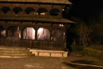 Una dintre cel mai frumoase biserici din Constanta risca sa arda complet. Preotii sustin ca a fost