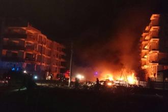 Explozie in Turcia. Cel putin un mort si 15 raniti, dupa ce o masina a sarit in aer langa un complex pentru magistrati