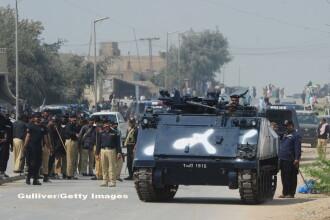 Armata pakistaneza a anuntat ca a ucis 100 de teroristi, dupa ce un sinucigas cu bomba a omorat 90 de oameni