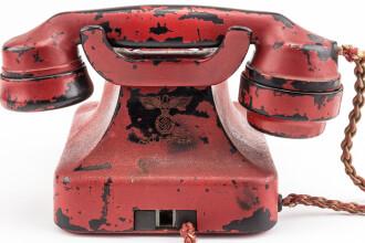 Suma uriasa cu care s-a vandut la licitatie telefonul lui Hitler. A fost gasit de rusi in buncarul dictatorului nazist