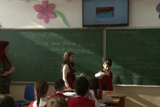 Ministrul Educatiei vrea sa inlocuiasca manualele cu eBook Reader. Specialistii si profesorii critica initiativa