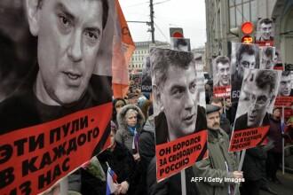 Maris in memoria lui Boris Nemtov, la Moscova. Fostul adversar al lui Putin, asasinat dupa ce amenintase cu un raport